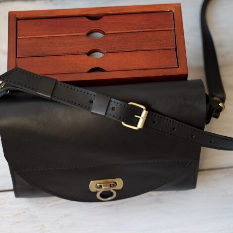 маленькая сумка женская черная