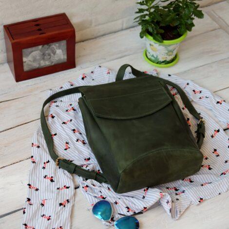 зеленый женский рюкзак на магните