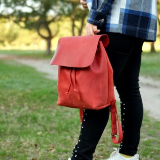 красный рюкзачек